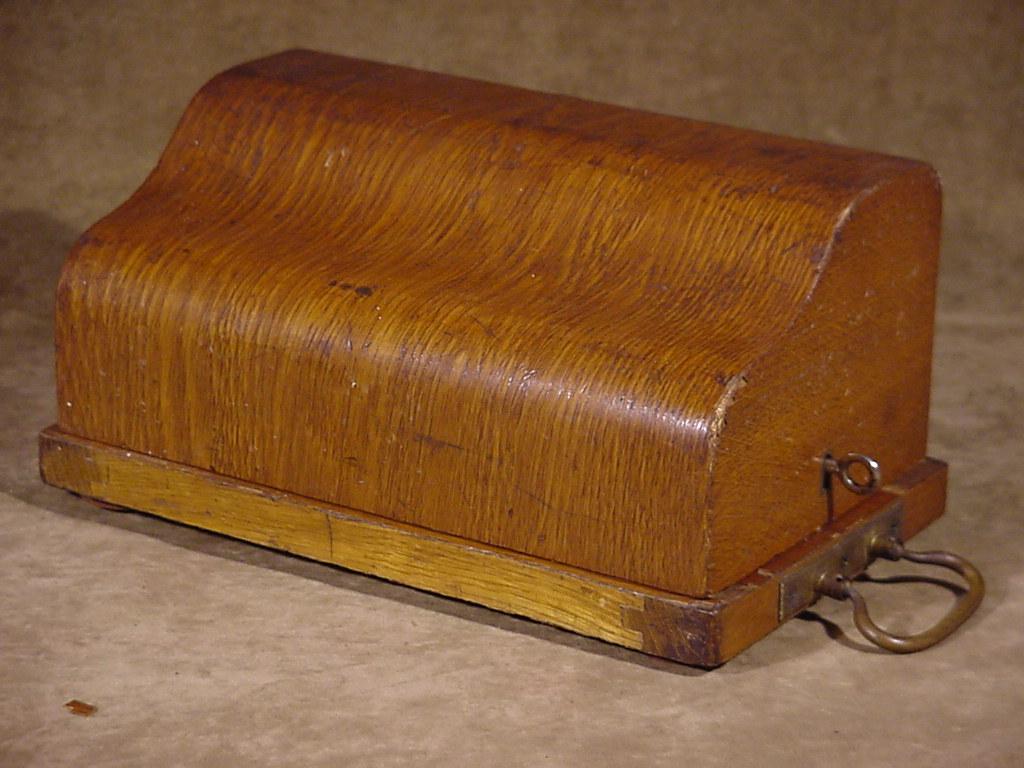 Antique mechanical german rema pinwheel calculator adding