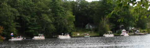 Christine-McCooe's-Pontoon-Boat-Parade